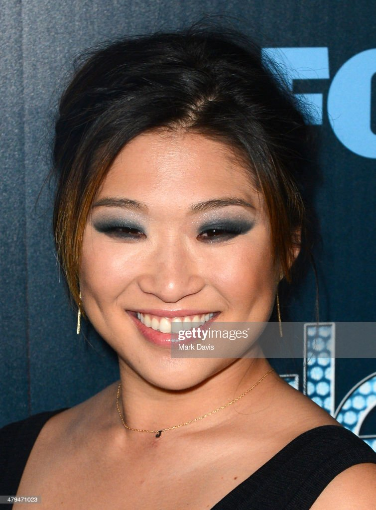 Actress <a gi-track='captionPersonalityLinkClicked' href=/galleries/search?phrase=Jenna+Ushkowitz&family=editorial&specificpeople=4863323 ng-click='$event.stopPropagation()'>Jenna Ushkowitz</a> attends Fox's 'GLEE' 100th Episode Celebration held at Chateau Marmont on March 18, 2014 in Los Angeles, California.