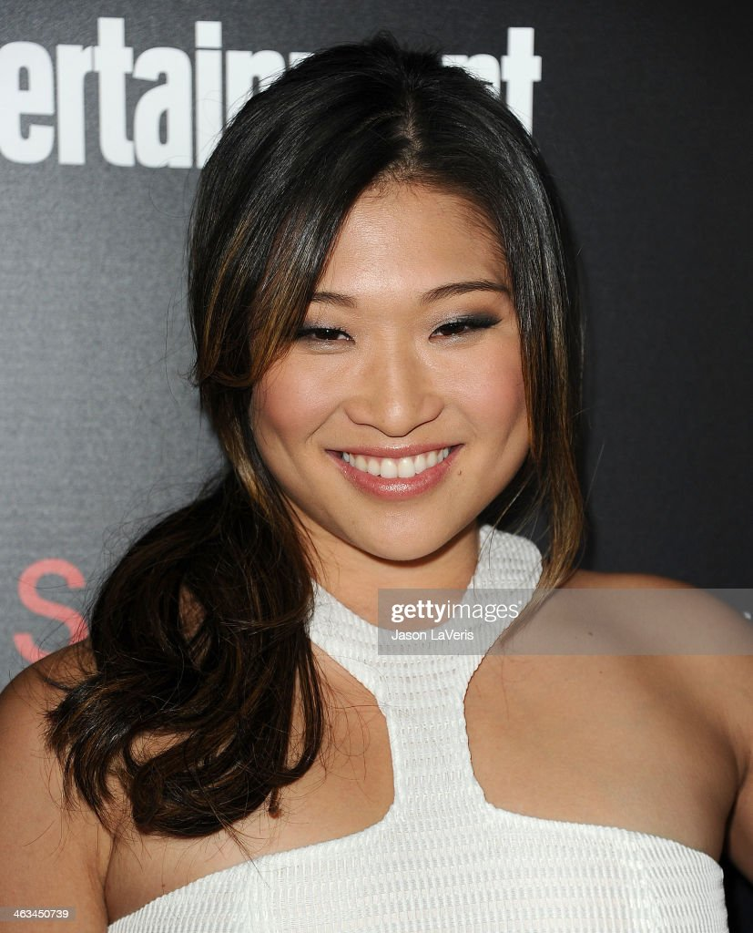 Actress <a gi-track='captionPersonalityLinkClicked' href=/galleries/search?phrase=Jenna+Ushkowitz&family=editorial&specificpeople=4863323 ng-click='$event.stopPropagation()'>Jenna Ushkowitz</a> attends the Entertainment Weekly SAG Awards pre-party at Chateau Marmont on January 17, 2014 in Los Angeles, California.