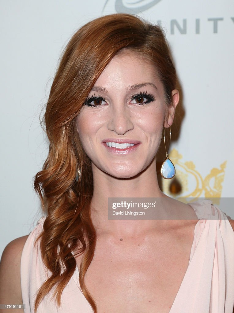 Actress Jenna Willis attends the Queen of the Universe International Beauty Pageant at the Saban Theatre on March 16, 2014 in Beverly Hills, California.