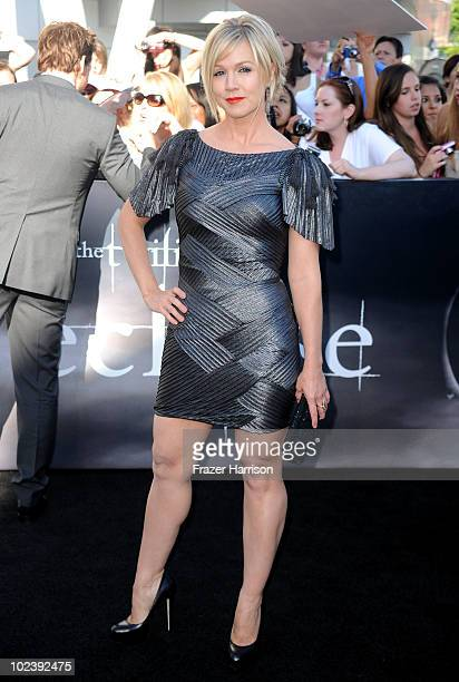 Actress Jennie Garth arrives to the premiere of Summit Entertainment's 'The Twilight Saga Eclipse' during the 2010 Los Angeles Film Festival at Nokia...
