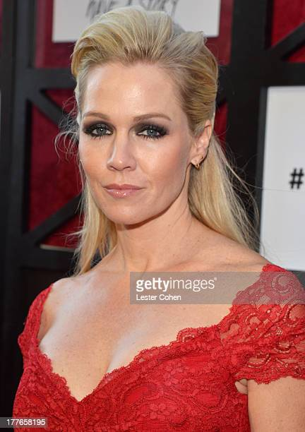 Actress Jennie Garth attends The Comedy Central Roast of James Franco at Culver Studios on August 25 2013 in Culver City California The Comedy...