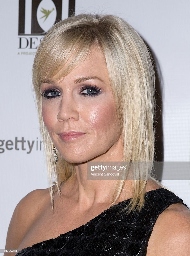 Actress Jennie Garth attends the Divine Design 2012 Opening Rock 'n' Roll Party on November 29, 2012 in Beverly Hills, California.