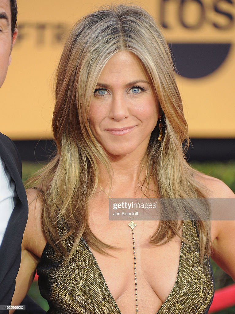 Actress Jennifer Aniston arrives at the 21st Annual Screen Actors Guild Awards at The Shrine Auditorium on January 25 2015 in Los Angeles California