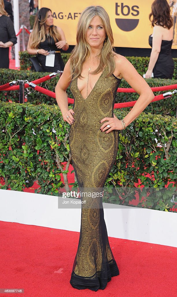 Actress Jennifer Aniston arrives at the 21st Annual Screen Actors Guild Awards at The Shrine Auditorium on January 25, 2015 in Los Angeles, California.