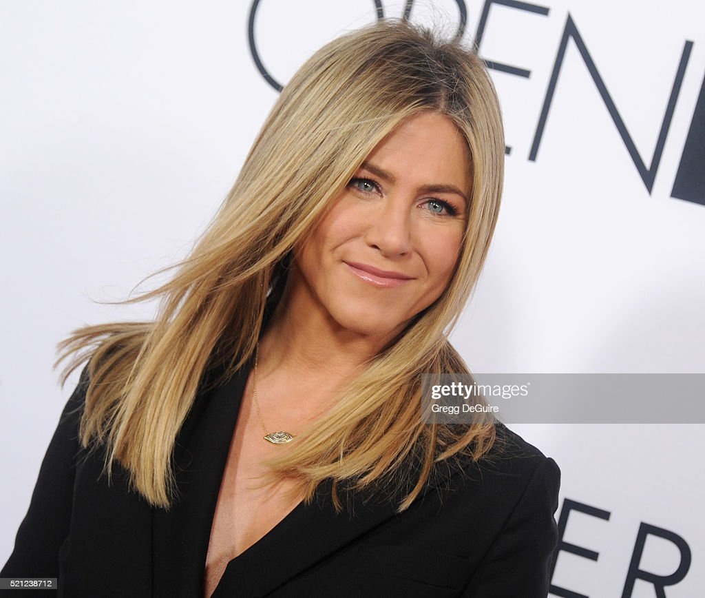 Actress Jennifer Aniston arrives at the Open Roads World Premiere Of 'Mother's Day' at TCL Chinese Theatre IMAX on April 13, 2016 in Hollywood, California.