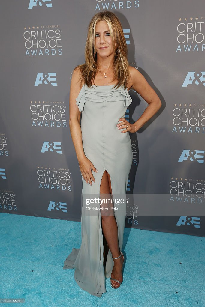 Actress <a gi-track='captionPersonalityLinkClicked' href=/galleries/search?phrase=Jennifer+Aniston&family=editorial&specificpeople=202048 ng-click='$event.stopPropagation()'>Jennifer Aniston</a> attends the 21st Annual Critics' Choice Awards at Barker Hangar on January 17, 2016 in Santa Monica, California.