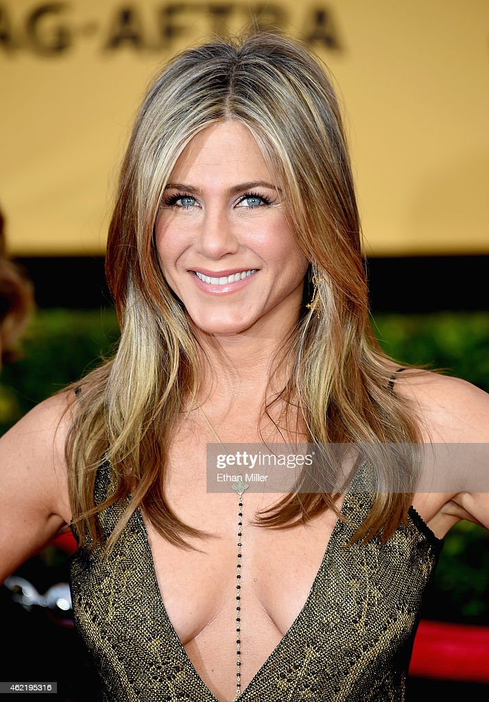 Actress <a gi-track='captionPersonalityLinkClicked' href=/galleries/search?phrase=Jennifer+Aniston&family=editorial&specificpeople=202048 ng-click='$event.stopPropagation()'>Jennifer Aniston</a> attends the 21st Annual Screen Actors Guild Awards at The Shrine Auditorium on January 25, 2015 in Los Angeles, California.