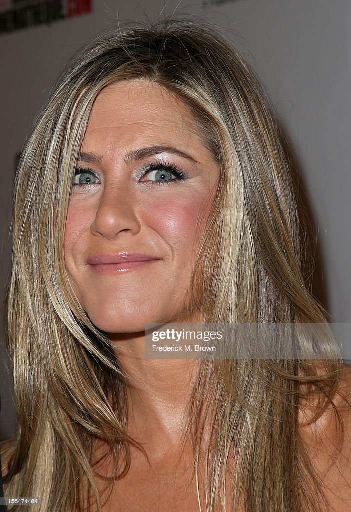 Actress <a gi-track='captionPersonalityLinkClicked' href=/galleries/search?phrase=Jennifer+Aniston&family=editorial&specificpeople=202048 ng-click='$event.stopPropagation()'>Jennifer Aniston</a> attends the 26th American Cinematheque Award Gala honoring Ben Stiller at The Beverly Hilton Hotel on November 15, 2012 in Beverly Hills, California.