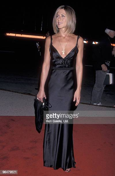 Actress Jennifer Aniston attends the 27th Annual People's Choice Awards on January 7 2001 at Pasadena Civic Auditorium in Pasadena California