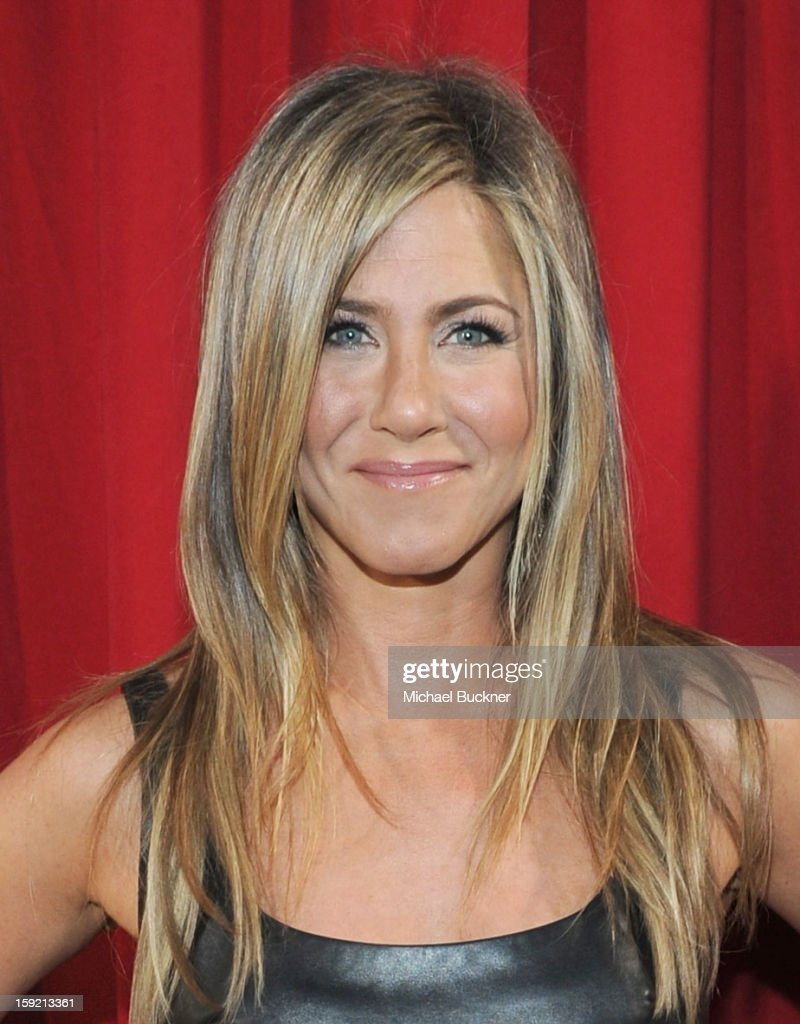 Actress <a gi-track='captionPersonalityLinkClicked' href=/galleries/search?phrase=Jennifer+Aniston&family=editorial&specificpeople=202048 ng-click='$event.stopPropagation()'>Jennifer Aniston</a> attends the 39th Annual People's Choice Awards at Nokia Theatre L.A. Live on January 9, 2013 in Los Angeles, California.