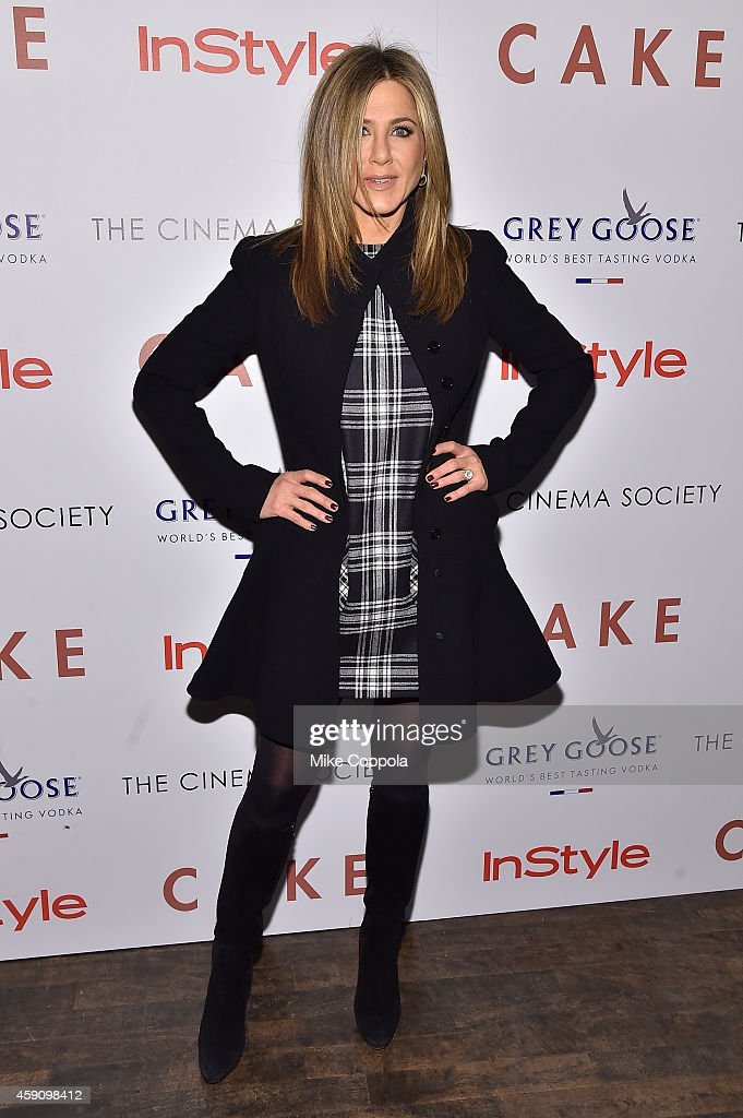 Actress Jennifer Aniston attends the 'Cake' screening hosted by The Cinema Society & Instyle at Tribeca Grand Hotel on November 16, 2014 in New York City.