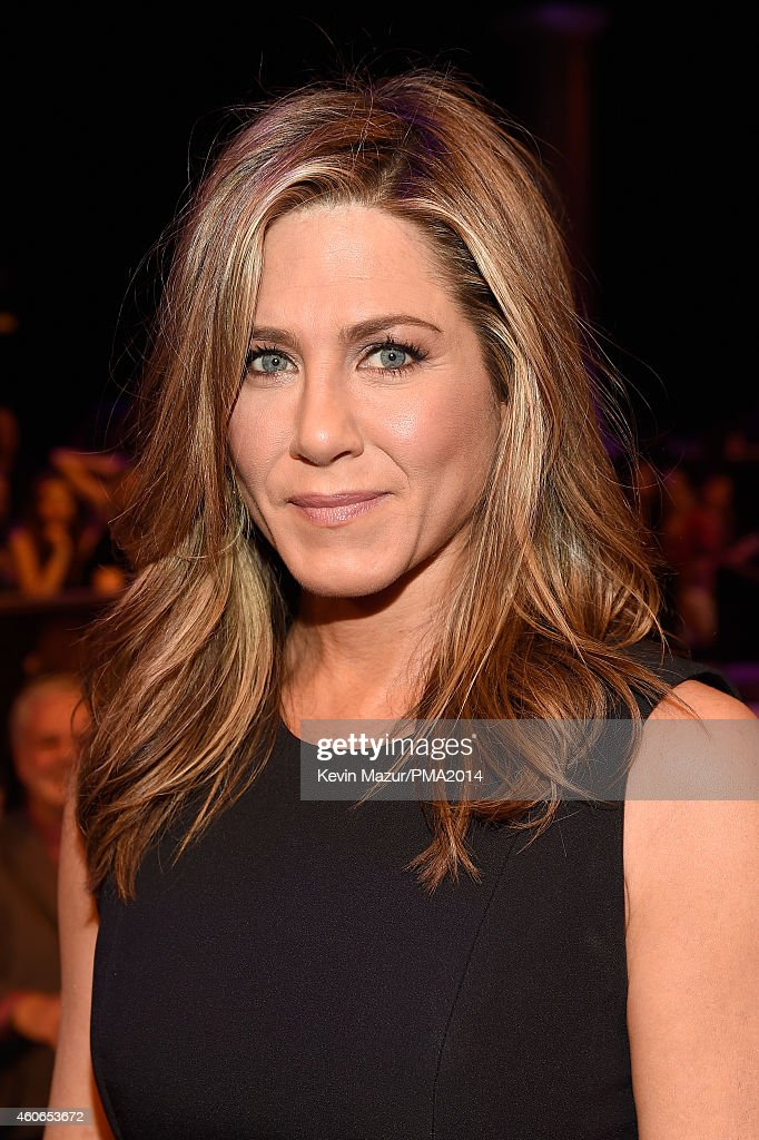 Actress <a gi-track='captionPersonalityLinkClicked' href=/galleries/search?phrase=Jennifer+Aniston&family=editorial&specificpeople=202048 ng-click='$event.stopPropagation()'>Jennifer Aniston</a> attends the PEOPLE Magazine Awards at The Beverly Hilton Hotel on December 18, 2014 in Beverly Hills, California.