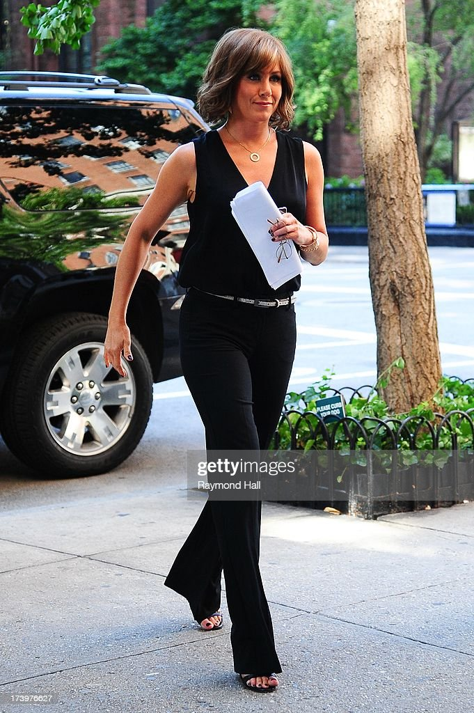 Actress <a gi-track='captionPersonalityLinkClicked' href=/galleries/search?phrase=Jennifer+Aniston&family=editorial&specificpeople=202048 ng-click='$event.stopPropagation()'>Jennifer Aniston</a> is seen on the set of 'Squirrels to the Nuts' on July 18, 2013 in New York City.
