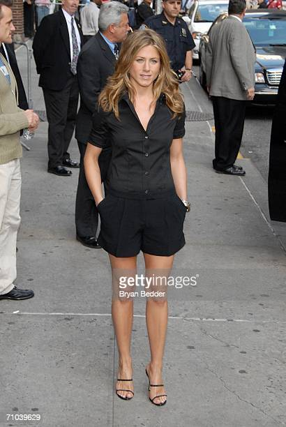 Actress Jennifer Aniston leaves the Ed Sullivan Theater after a taping of the 'Late Show with David Letterman' May 24 2006 in New York City
