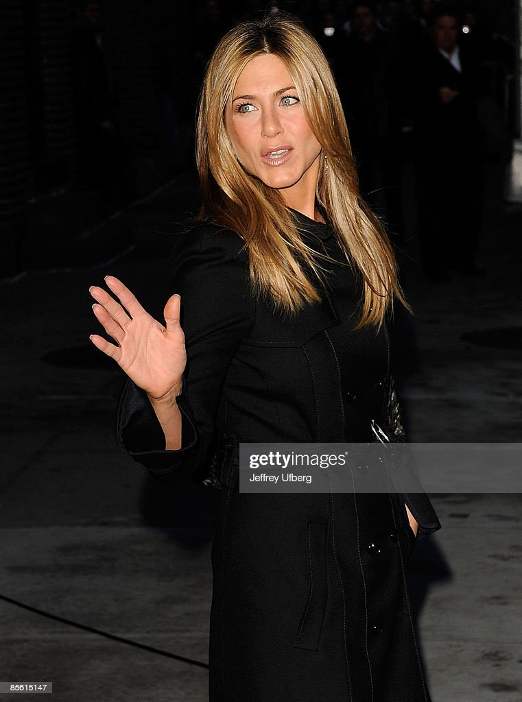 Actress Jennifer Aniston visits 'Late Show with David Letterman' at the Ed Sullivan Theater on December 17, 2008 in New York City.