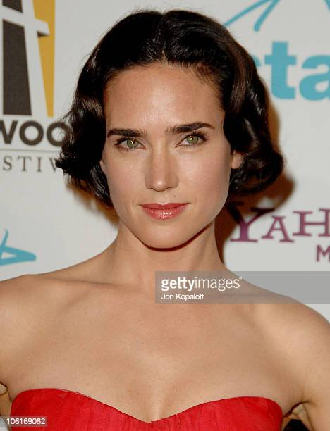 Actress Jennifer Connelly arrives at the Hollywood Film Festival's Hollywood Awards at the Beverly Hilton Hotel on October 22 2007 in Beverly Hills...