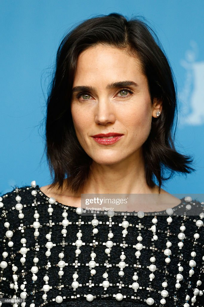 Actress <a gi-track='captionPersonalityLinkClicked' href=/galleries/search?phrase=Jennifer+Connelly&family=editorial&specificpeople=201581 ng-click='$event.stopPropagation()'>Jennifer Connelly</a> attends the 'Aloft' photocall during 64th Berlinale International Film Festival at Grand Hyatt Hotel on February 12, 2014 in Berlin, Germany.