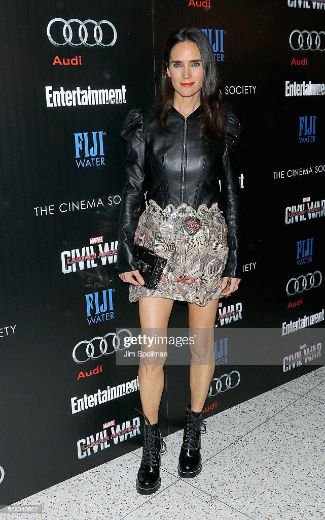 Actress <a gi-track='captionPersonalityLinkClicked' href=/galleries/search?phrase=Jennifer+Connelly&family=editorial&specificpeople=201581 ng-click='$event.stopPropagation()'>Jennifer Connelly</a> attends the screening of Marvel's 'Captain America: Civil War' hosted by The Cinema Society with Audi & FIJI at Brookfield Place on May 4, 2016 in New York City.