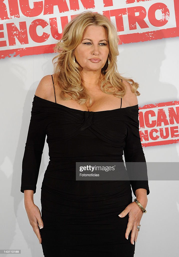 Actress Jennifer Coolidge attends a photocall for 'American Pie: Reunion' (American Pie: El Reencuentro) at the Villamagna Hotel on April 19, 2012 in Madrid, Spain.