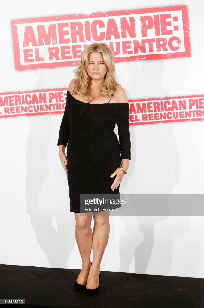 Actress Jennifer Coolidge attends 'American Pie: Reunion' (American Pie: El Reencuentro) photocall at Villamagna Hotel on April 19, 2012 in Madrid, Spain.