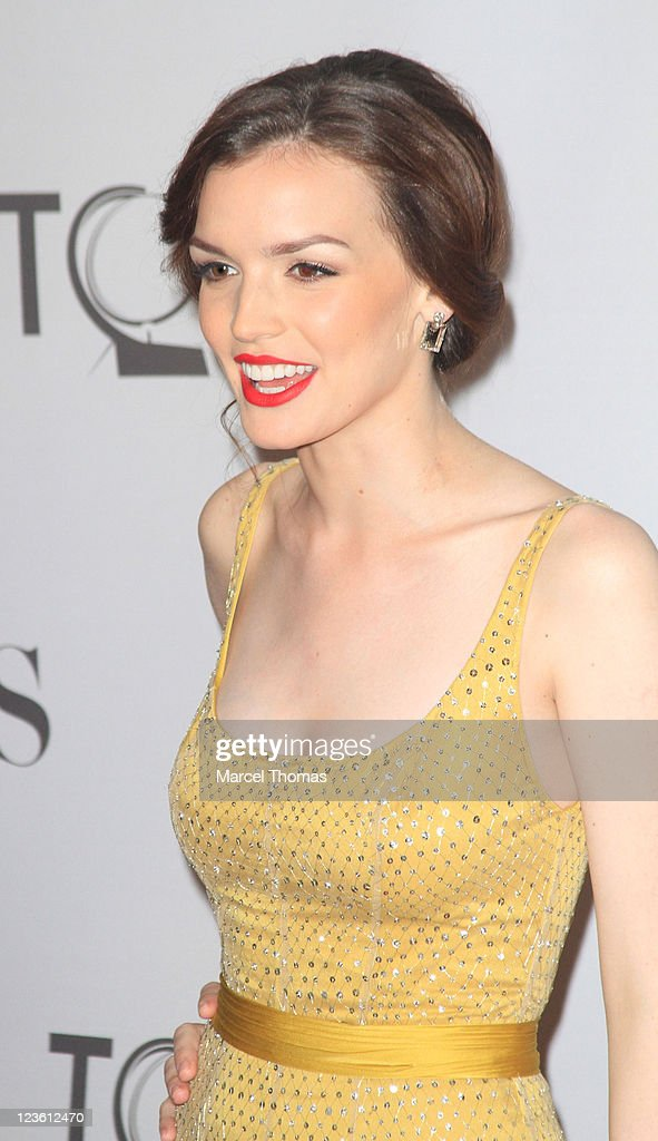 Actress Jennifer Damiano attends the 65th Annual Tony Awards at the Beacon Theatre on June 12, 2011 in New York City.