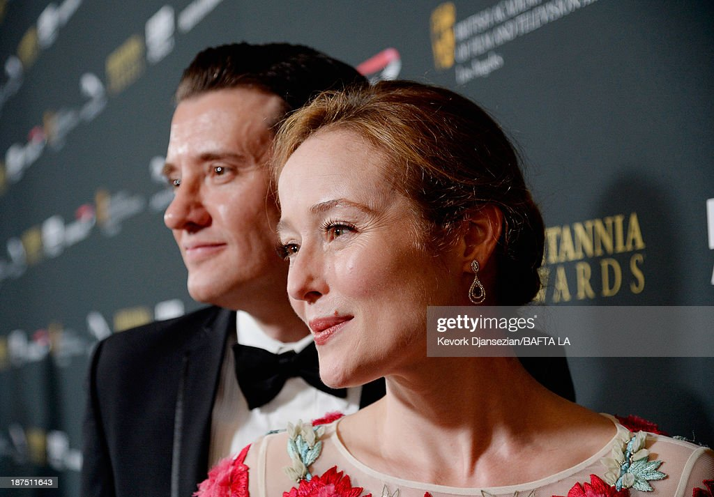 Actress <a gi-track='captionPersonalityLinkClicked' href=/galleries/search?phrase=Jennifer+Ehle&family=editorial&specificpeople=776571 ng-click='$event.stopPropagation()'>Jennifer Ehle</a> attends the 2013 BAFTA LA Jaguar Britannia Awards presented by BBC America at The Beverly Hilton Hotel on November 9, 2013 in Beverly Hills, California.