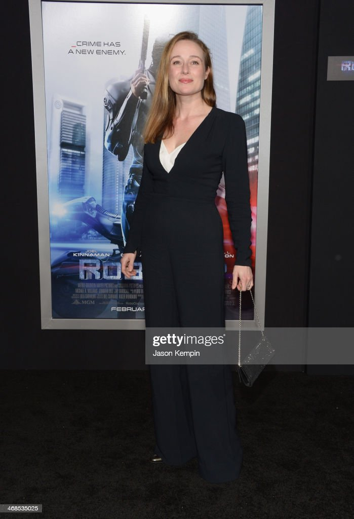 Actress Jennifer Ehle attends the premiere of Columbia Pictures' 'Robocop' on February 10, 2014 in Hollywood, California.