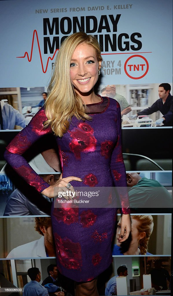 Actress Jennifer Finnigan attends 'Monday Mornings' Premiere Reception at at BOA Steakhouse on January 24, 2013 in West Hollywood, California. (Photo by Michael Buckner/WireImage) 23200_001_MB_0071.jpg