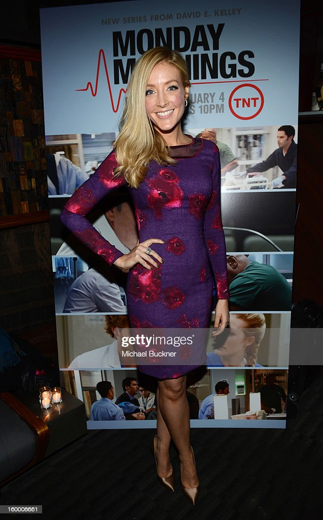 Actress Jennifer Finnigan attends 'Monday Mornings' Premiere Reception at at BOA Steakhouse on January 24, 2013 in West Hollywood, California. (Photo by Michael Buckner/WireImage) 23200_001_MB_0068.jpg