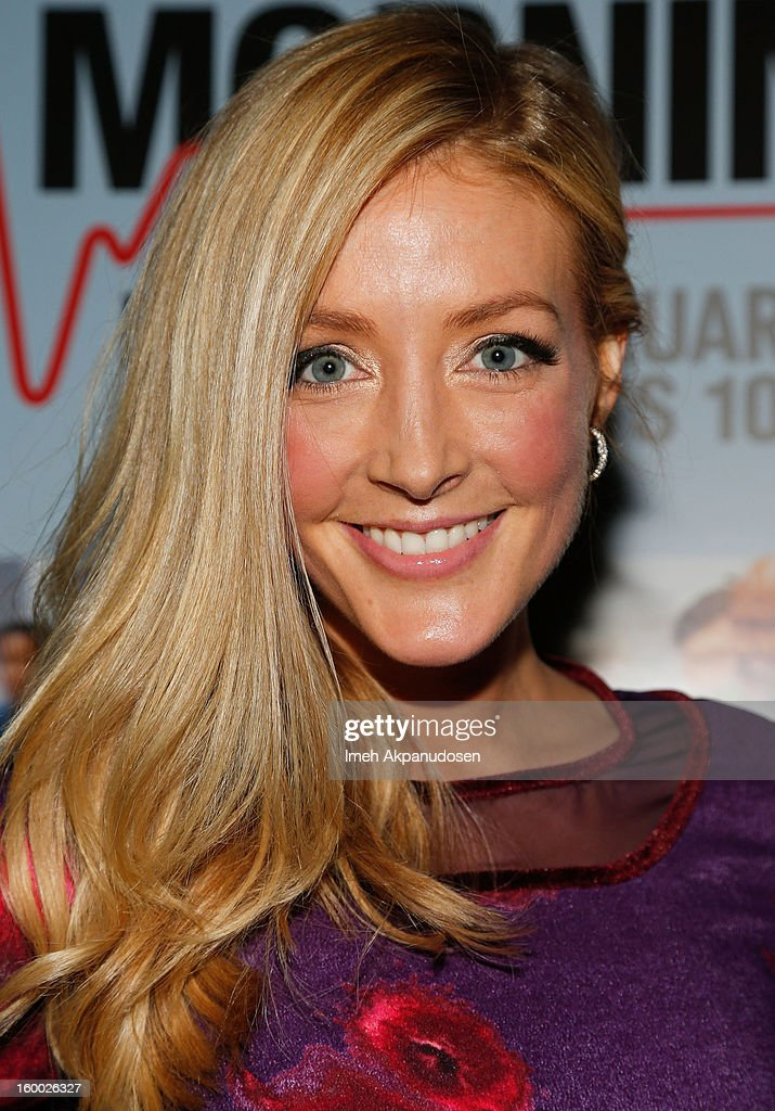 Actress Jennifer Finnigan attends the screening of TNT's 'Monday Mornings' at BOA Steakhouse on January 24, 2013 in West Hollywood, California.