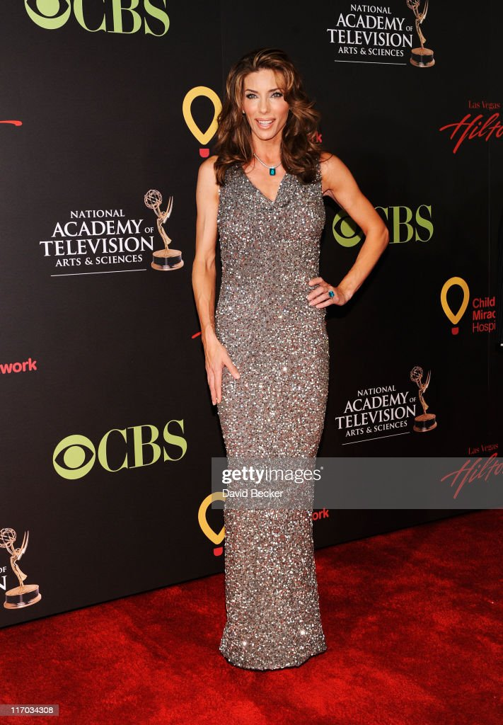 Actress Jennifer Flavin arrives at the 38th Annual Daytime Entertainment Emmy Awards held at the Las Vegas Hilton on June 19, 2011 in Las Vegas, Nevada.
