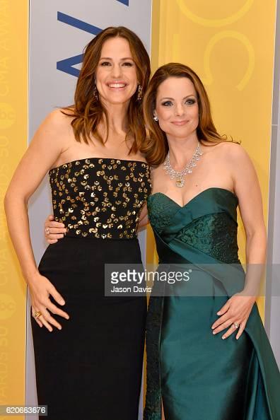 Actress Jennifer Garner and Kimberly WilliamsPaisley attend the 50th annual CMA Awards at the Bridgestone Arena on November 2 2016 in Nashville...