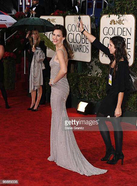 Actress Jennifer Garner arrives at the 67th Annual Golden Globe Awards at The Beverly Hilton Hotel on January 17 2010 in Beverly Hills California