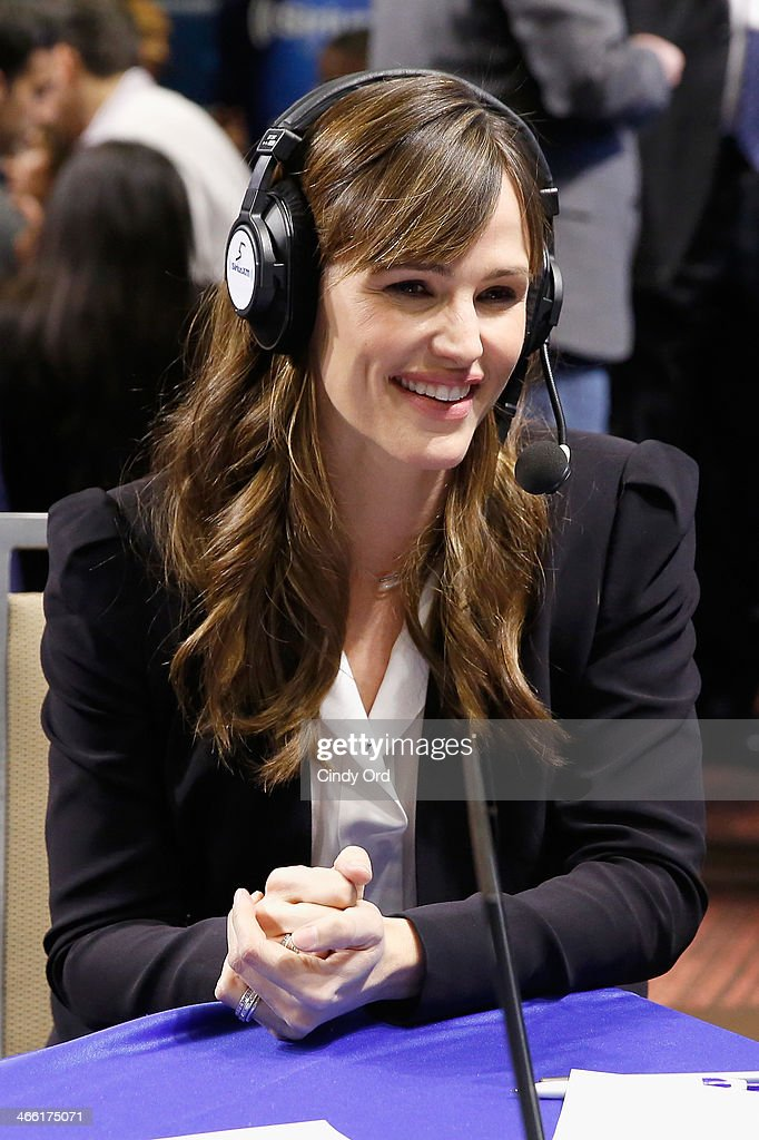 Actress Jennifer Garner attends SiriusXM At Super Bowl XLVIII Radio Row on January 31, 2014 in New York City.