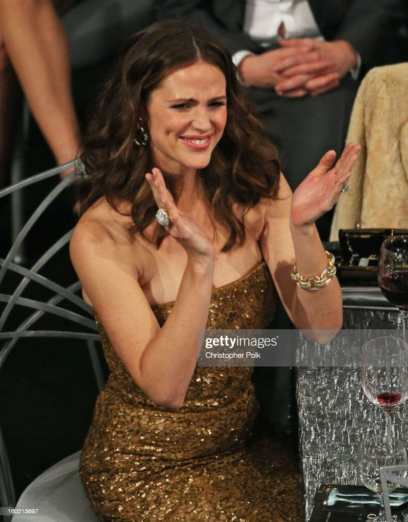 Actress Jennifer Garner attends the 19th Annual Screen Actors Guild Awards at The Shrine Auditorium on January 27, 2013 in Los Angeles, California. (Photo by Christopher Polk/WireImage) 23116_012_1444.jpg