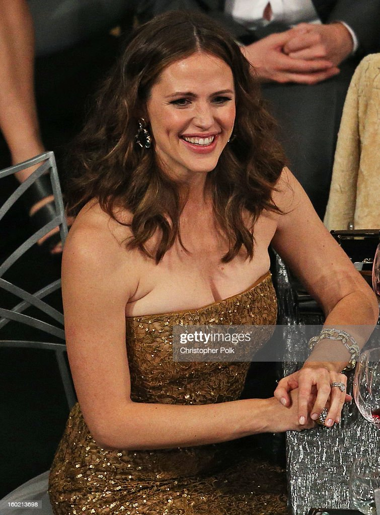 Actress Jennifer Garner attends the 19th Annual Screen Actors Guild Awards at The Shrine Auditorium on January 27, 2013 in Los Angeles, California. (Photo by Christopher Polk/WireImage) 23116_012_1437.jpg