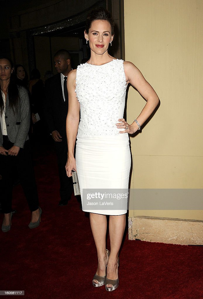 Actress Jennifer Garner attends the 65th annual Directors Guild Of America Awards at The Ray Dolby Ballroom at Hollywood & Highland Center on February 2, 2013 in Hollywood, California.
