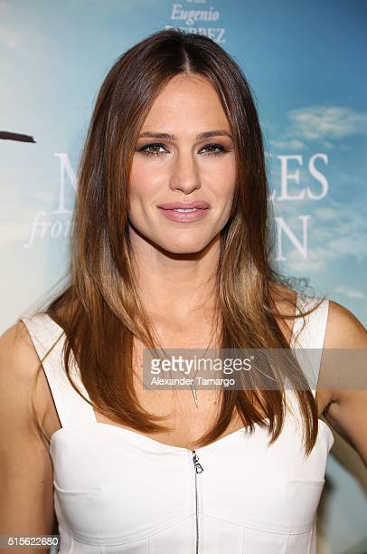 Actress Jennifer Garner is seen arriving to the premiere of the movie 'Miracles From Heaven' at Regal South Beach on March 14 2016 in Miami Beach...