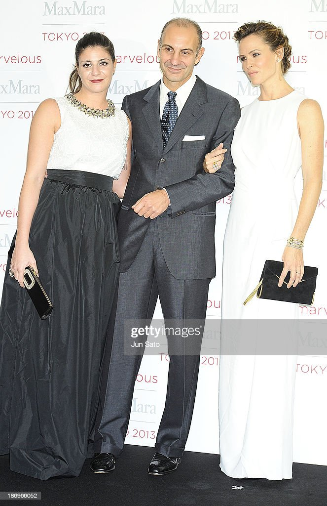 Actress Jennifer Garner, Luigi Maramotti of Charman of Max Mara and Maria Giulia Prezioso Maramotti attend a photocall of Marvelous Max Mara Tokyo 2013 at Ryogoku Kokugikan on November 5, 2013 in Tokyo, Japan.