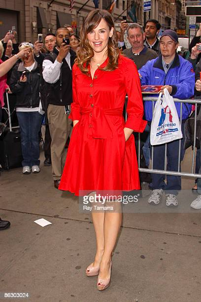 Actress Jennifer Garner visits the 'Good Morning America' taping at the ABC Times Square Studio on April 30 2009 in New York City