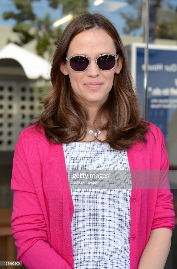 Actress <a gi-track='captionPersonalityLinkClicked' href=/galleries/search?phrase=Jennifer+Garner&family=editorial&specificpeople=201813 ng-click='$event.stopPropagation()'>Jennifer Garner</a> wearing John Varvatos Eyewear at the 10th Annual Stuart House Benefit presented by Chrysler at John Varvatos Los Angeles on March 10, 2013 in Los Angeles, California.
