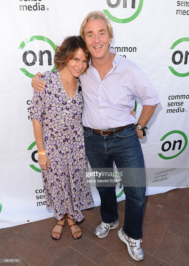 Actress Jennifer Grey and Ceo Jim Steyer of Common Sense Media attend the 2nd Annual GameOn! fundraiser hosted by Common Sense Media at Sony Pictures Studios on September 29, 2013 in Culver City, California.