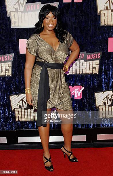 Actress Jennifer Hudson arrives at the MTV Video Music Awards in the Palms Casino Resort on September 9 2007 in Las Vegas Nevada