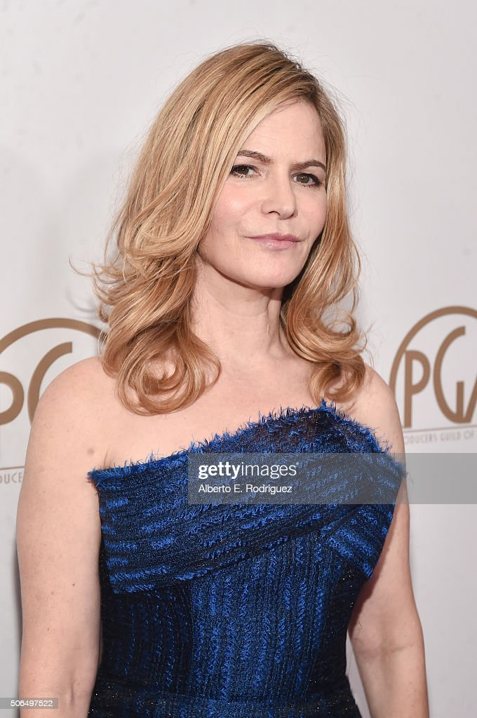 Actress Jennifer Jason Leigh attends 27th Annual Producers Guild Of America Awards at the Hyatt Regency Century Plaza on January 23, 2016 in Century City, California.