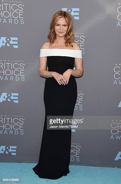 Actress Jennifer Jason Leigh attends the 21st Annual Critics' Choice Awards at Barker Hangar on January 17 2016 in Santa Monica California