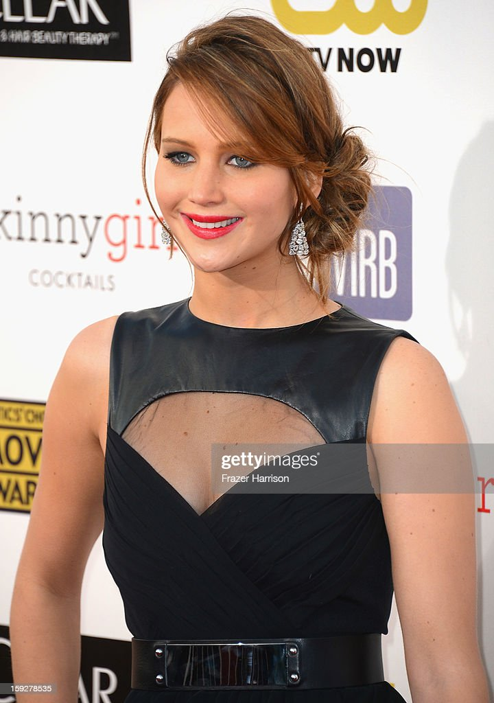 Actress Jennifer Lawrence arrives at the 18th Annual Critics' Choice Movie Awards at Barker Hangar on January 10, 2013 in Santa Monica, California.