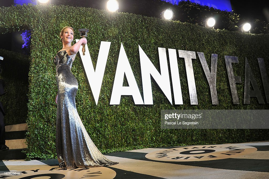Actress <a gi-track='captionPersonalityLinkClicked' href=/galleries/search?phrase=Jennifer+Lawrence&family=editorial&specificpeople=1596040 ng-click='$event.stopPropagation()'>Jennifer Lawrence</a> arrives at the 2013 Vanity Fair Oscar Party hosted by Graydon Carter at Sunset Tower on February 24, 2013 in West Hollywood, California.