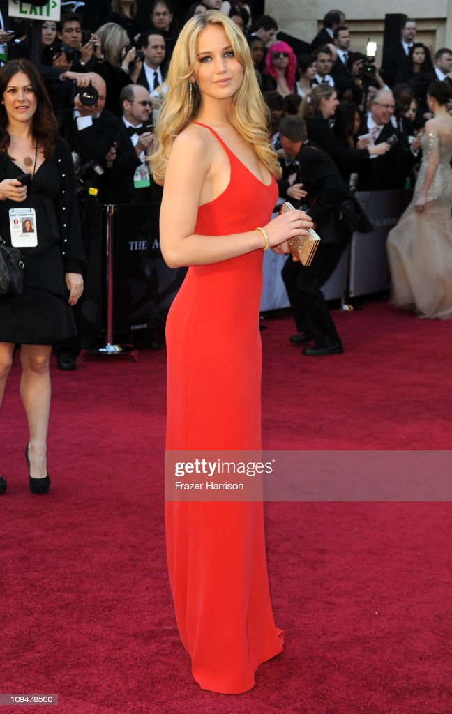 Actress Jennifer Lawrence arrives at the 83rd Annual Academy Awards held at the Kodak Theatre on February 27, 2011 in Hollywood, California.