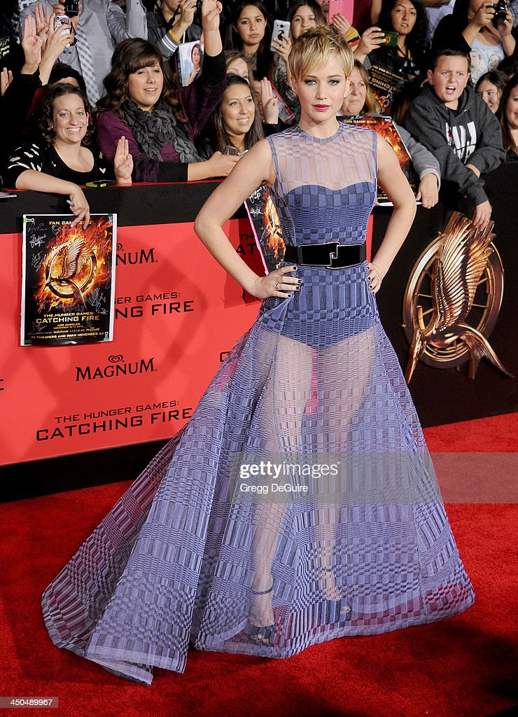 Actress Jennifer Lawrence arrives at the Los Angeles premiere of 'The Hunger Games: Catching Fire' at Nokia Theatre L.A. Live on November 18, 2013 in Los Angeles, California.