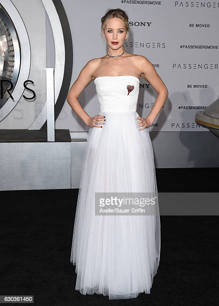 Actress Jennifer Lawrence arrives at the premiere of Columbia Pictures' 'Passengers' at Regency Village Theatre on December 14 2016 in Westwood...